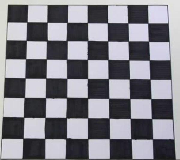mesa-de-ajedrez-de-carton-preparacion-tablero-3