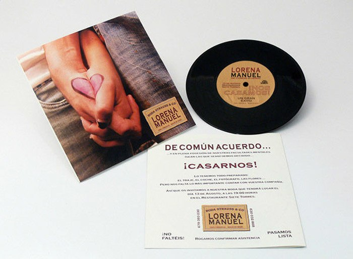 Invitaciones-Personalizadas-con-CD-y-DVD