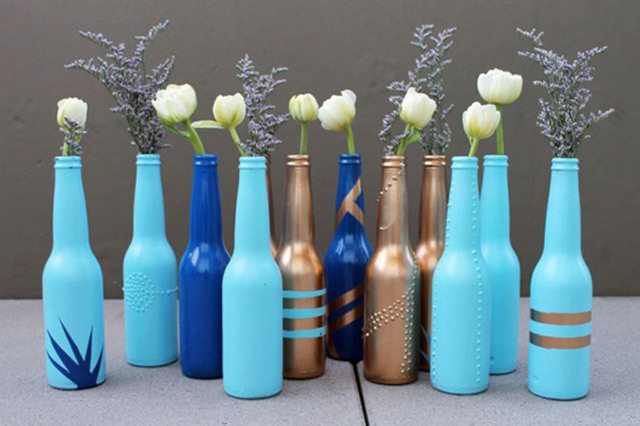 como-pintar-botellas-de-vidrio-materiales-latex
