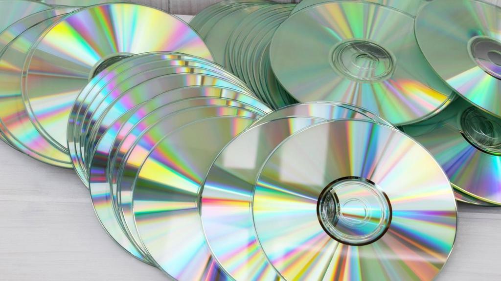 bola-de-espejo-cd-que-no-utilizas-decorar