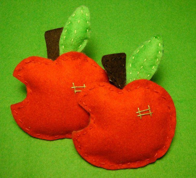 Cómo-hacer-manzanas-de-fieltro-Materiales