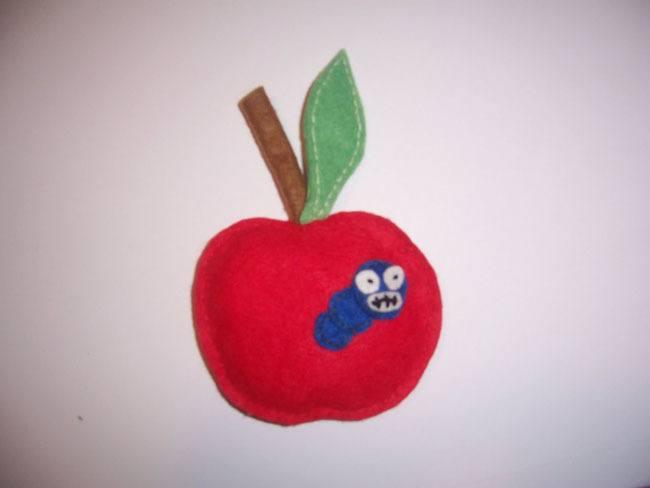 Manualidades-de-Fieltro-Cómo-hacer-manzanas-de-fieltro