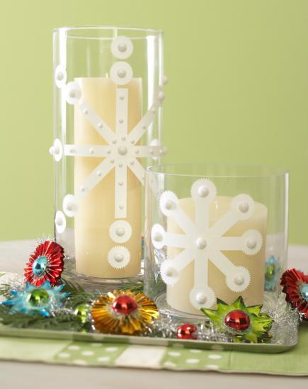 Centro con velas y vasos decorados