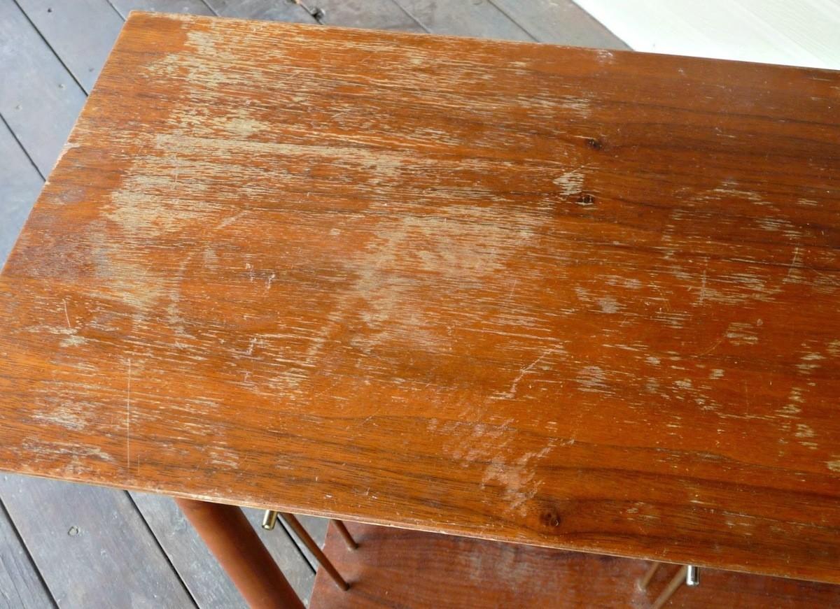 C mo reparar ralladuras y golpes en muebles de madera - Restaurar muebles de madera barnizados ...