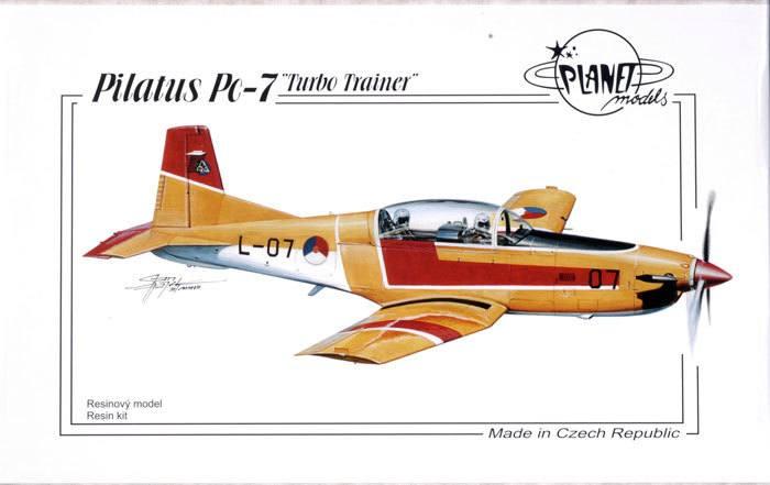 Maqueta-del-avión-Pilatus-PC-7-oro-rojo-blanco