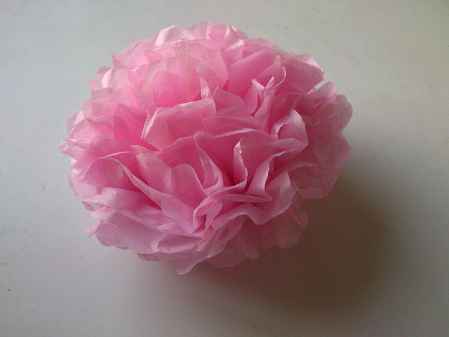 Flores-de-papel-crepé-fácile- y-rápidas
