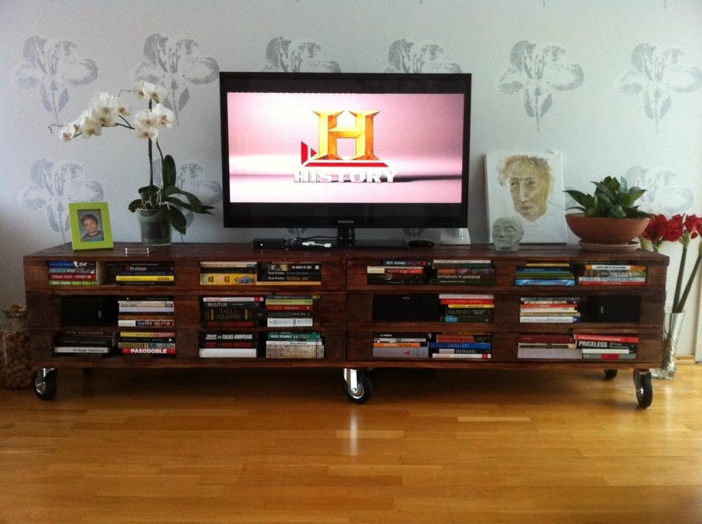 Cómo-hacer-muebles-de-madera-de-cocina-con-palets-cartón-para-comedor-sala-de-estar-mueble-televisión
