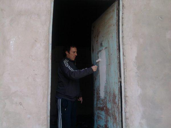 C mo pintar una puerta paso a paso materiales y consejos for Como pintar una puerta