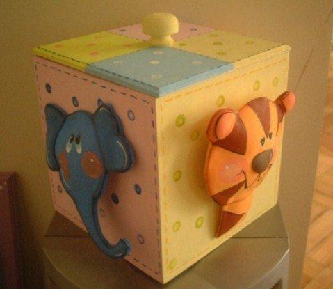 Decorar-caja-goma-Eva