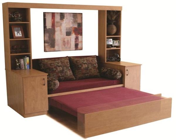 Sofá cama con decoración