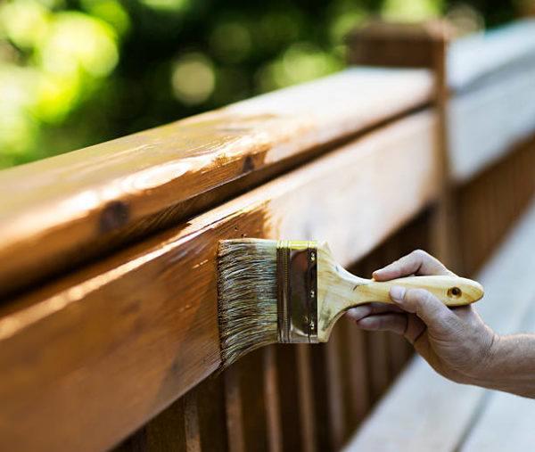 Cuidados de madera exterior