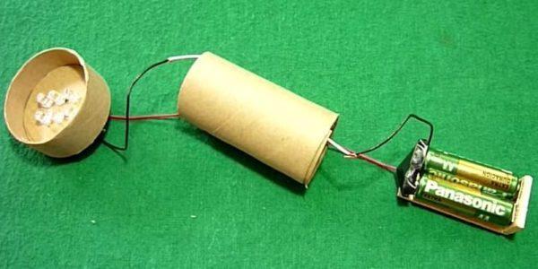 linterna casera tubo cartón