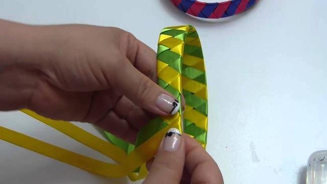 Cintillo-artesanal-paso-a-paso-Ideas-fáciles