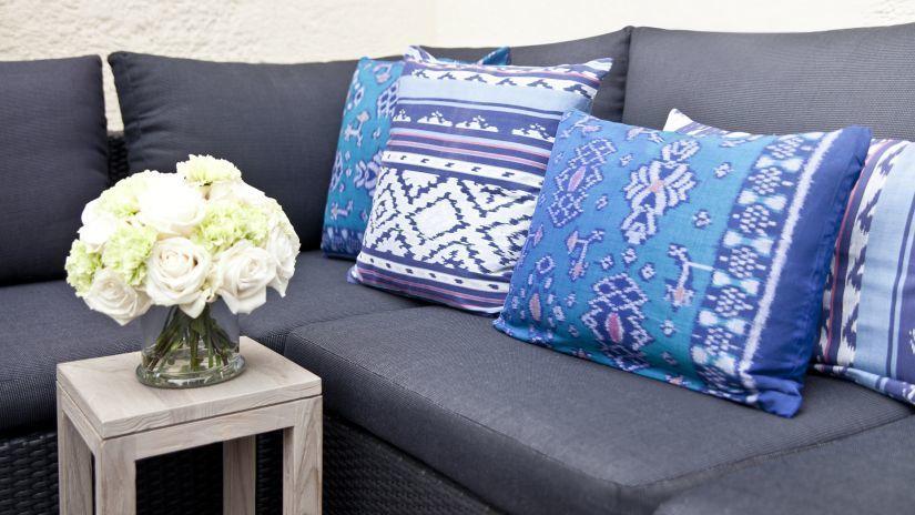 C mo hacer fundas de almohada ideas y decoraci n - Hacer cojines sofa ...