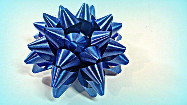 Moños o lazos para envolver regalos de Navidad 2015