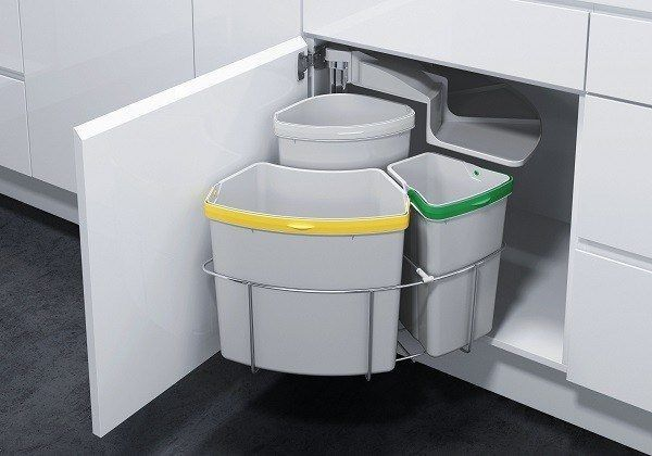 9-formas-de-ordenar-la-cocina-instala-contenedores-de-deshecho