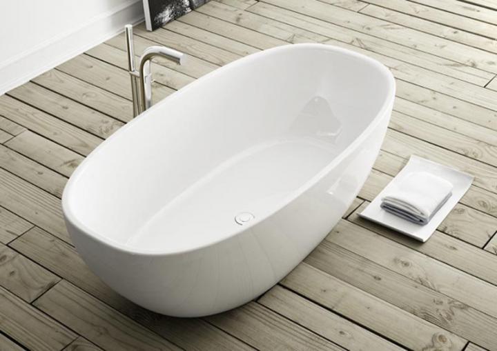 C mo blanquear la ba era formas de quitar las manchas for Como quitar las manchas del piso del bano