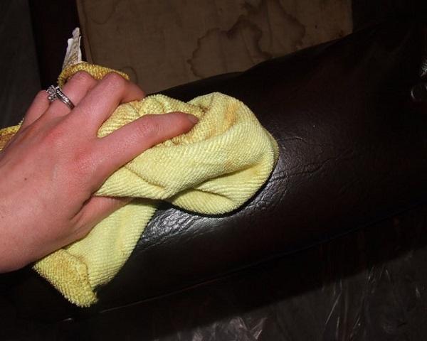 limpieza sofás de cuero