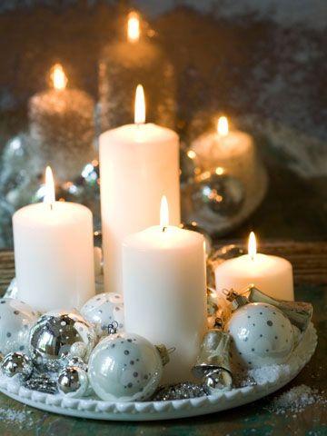 velas blancas para la mesa