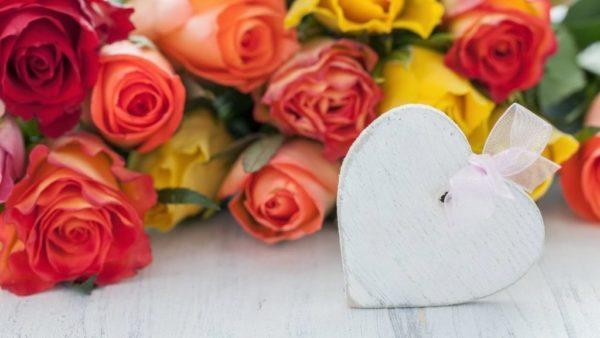 hacer-ramos-de-flores-frescas-san-valentin-rosas