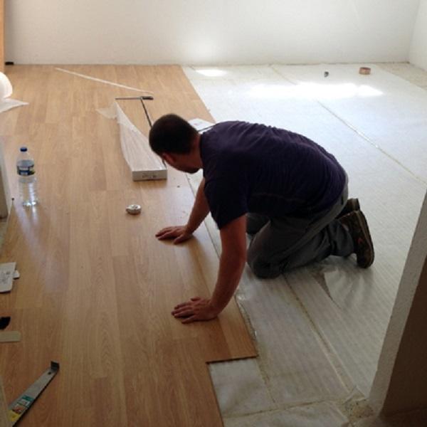 C mo colocar tarima flotante parquet o suelo laminado - Como colocar suelo ...
