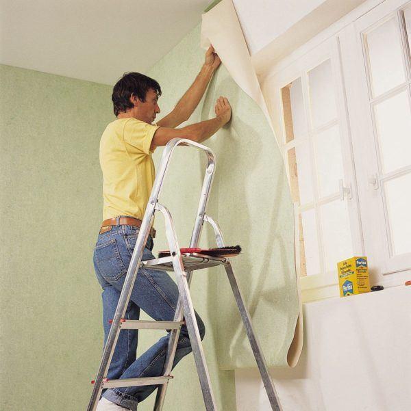 como-empapelar-una-pared-techo