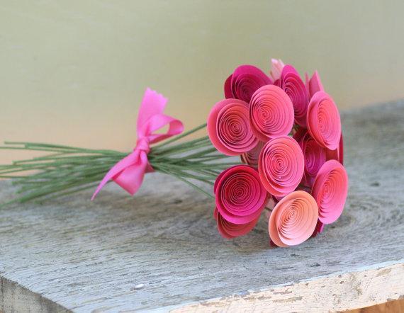 Cmo hacer rosas de papel para regalar Bricolaje10com
