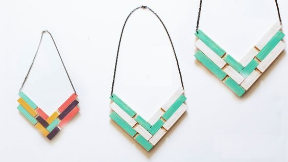 C mo hacer collares con material reciclado for La madera es reciclable