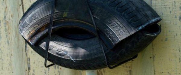 Cómo hacer una trampa para mosquitos y moscas casera hecha con neumáticos reciclados