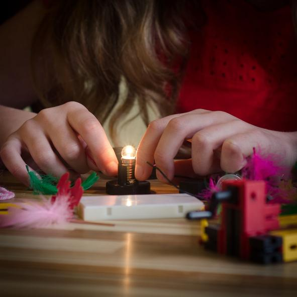 Circuito Electrico Simple Para Niños : Cómo hacer un circuito eléctrico bricolaje