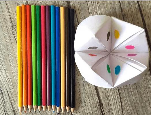como-hacer-un-comecocos-lapices-colores