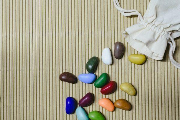 recuerdos-de-primera-comunion-hechos-a-mano-golosinas-piedras-chocolate