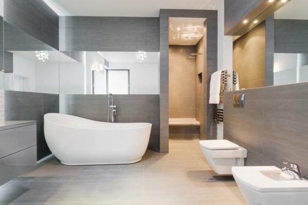 Ideas para decorar ba os modernos y peque os en pisos for Decorar paredes banos pequenos