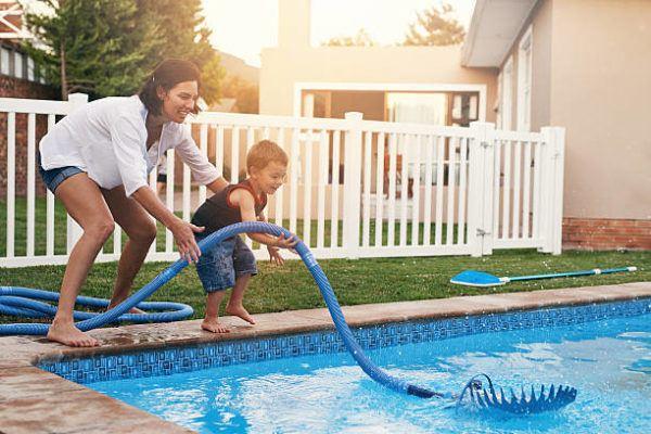 Claves para mantener la piscina limpia