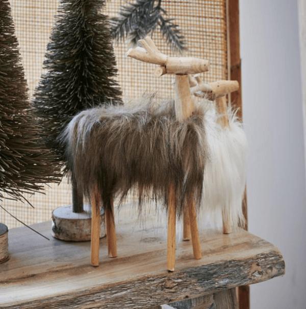 Catálogo Navidad Casa 2020 renos abstractos de madera
