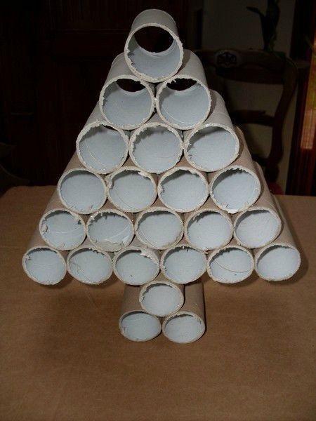 Cómo hacer un árbol de navidad con material reciclado rollos papel