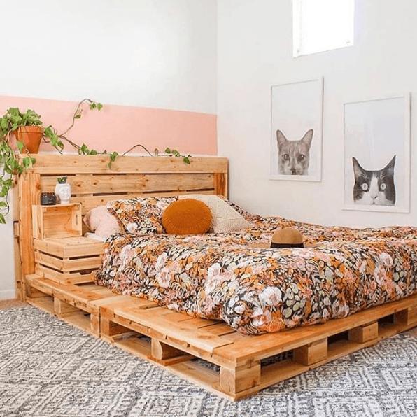 Palets baratos o gratuitos cama XL DIY