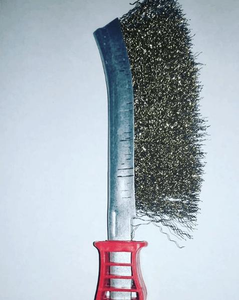 Trucos y consejos para limpiar la chimenea cepillo alambre