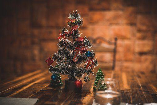 Centros de navidad low cost 2020 arbol navidad pequeño