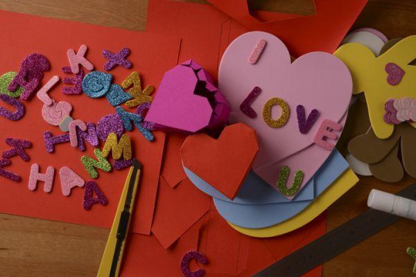Manualidades para san valentin para ninos corazon mensaje