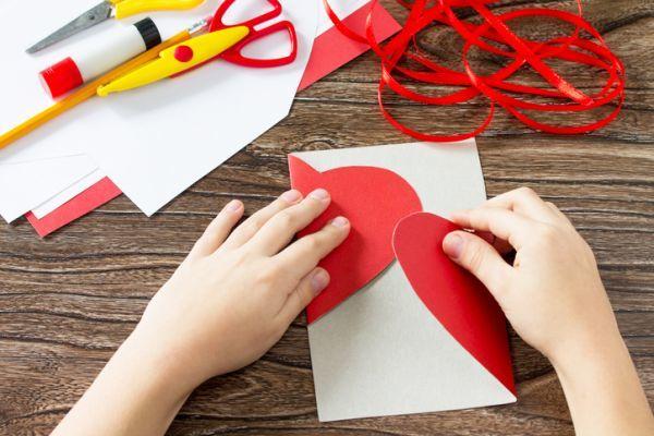 Manualidades para san valentin para ninos corazon tarjeta