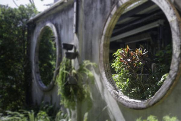 Mejores trucos para jardin pequeno parezca grande uso espejo