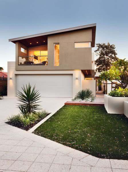 Mejores fotos ideas para fachadas casas pequenas Fachada de casita con pequeño balcón en el segundo piso