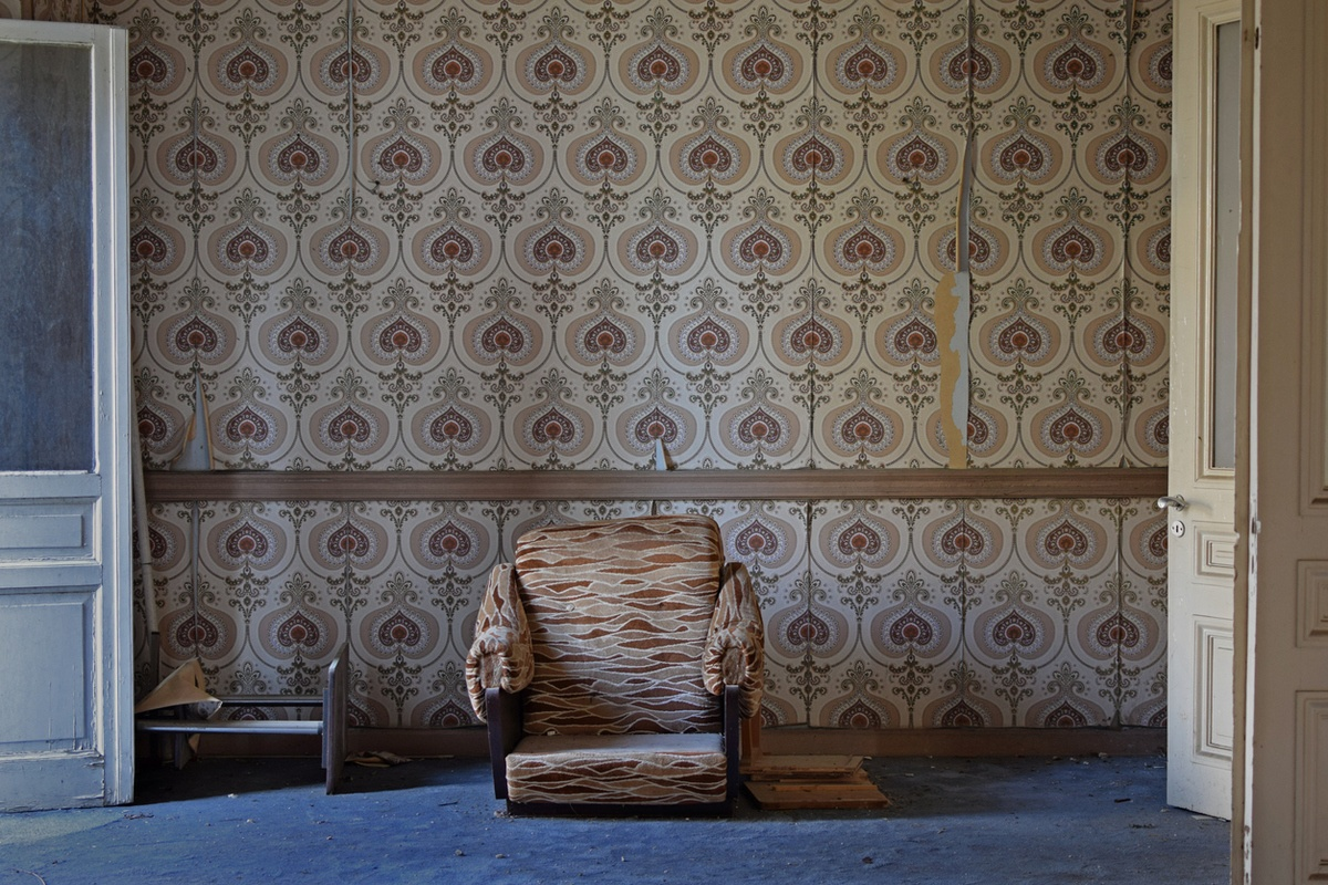 Como decorar paredes casa con papel pintado vintage