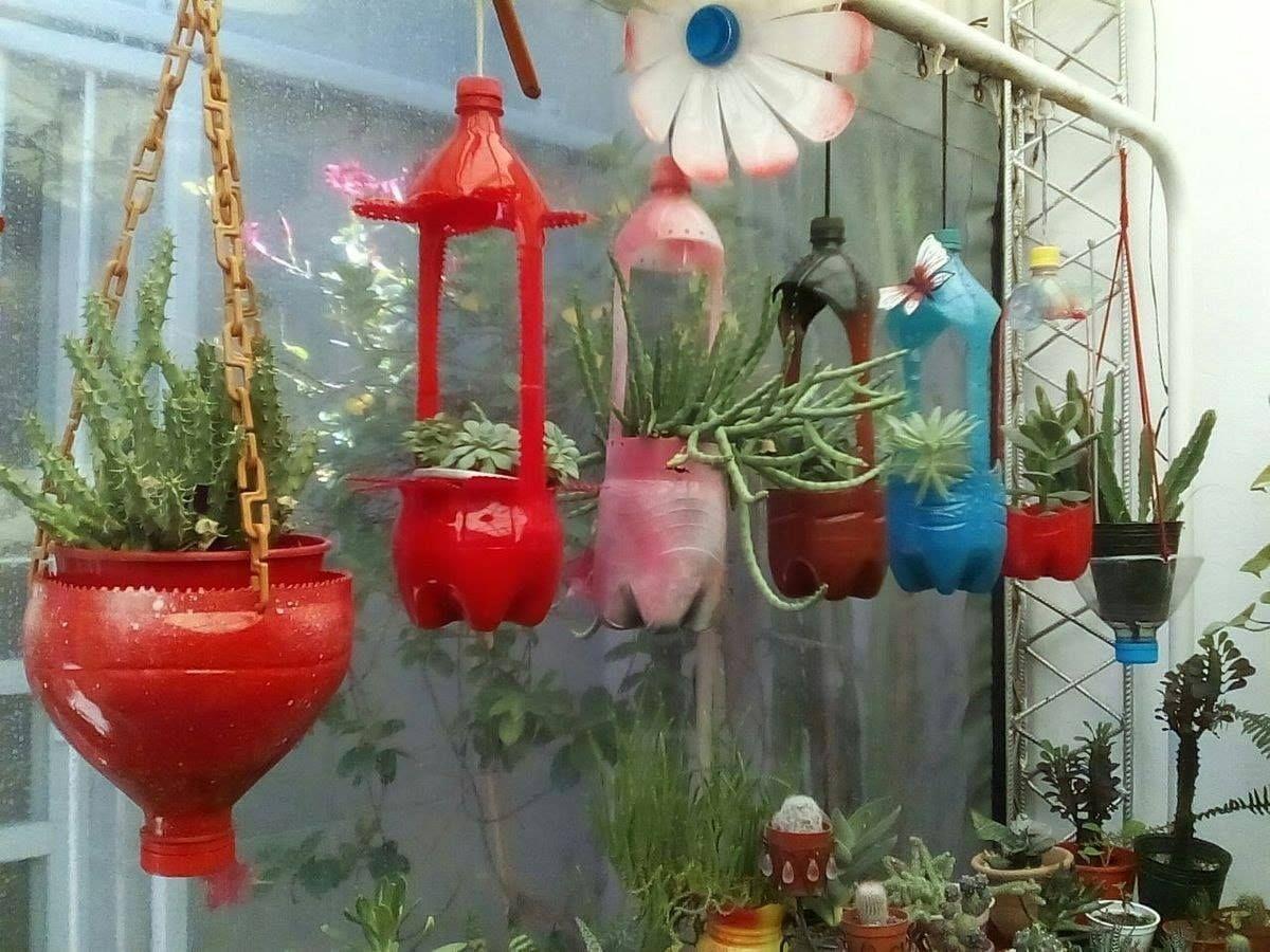 Ideas para hacer macetas con garrafas de agua colgantes botellas colores