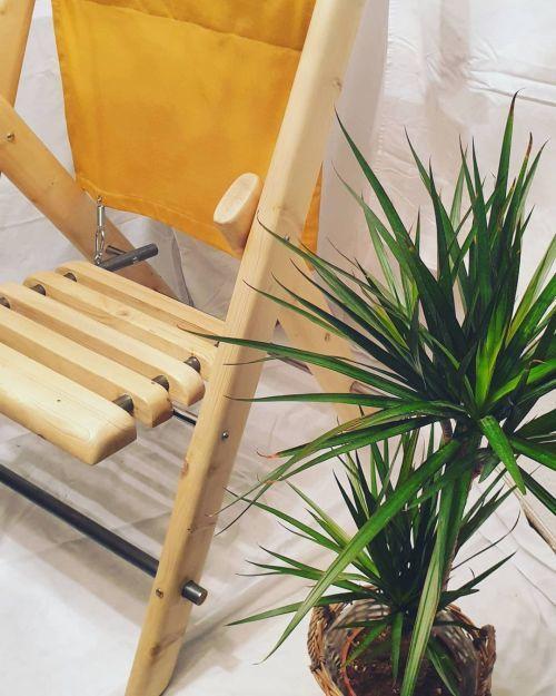 Silla, tumbona de madera