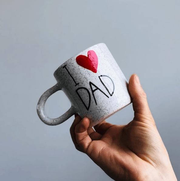 Taza decorada para el Día del Padre corazón
