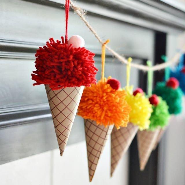 Manualidades fáciles de verano para niños helados colgantes
