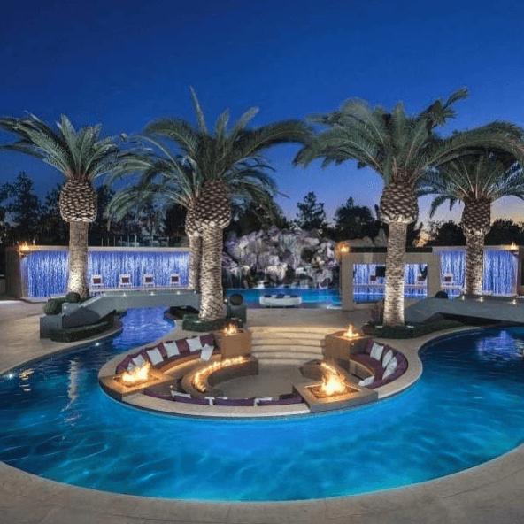 Los mejores consejos e ideas para decorar la piscina central