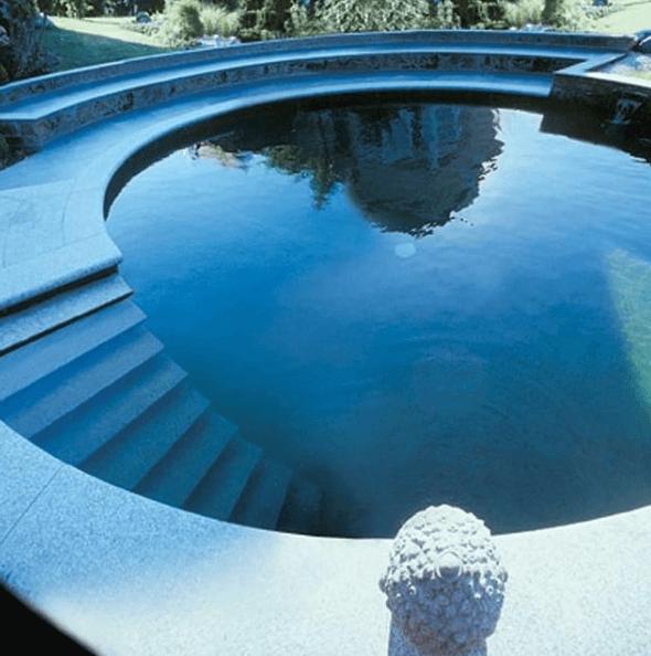 Los mejores consejos e ideas para decorar la piscina escalera infinita